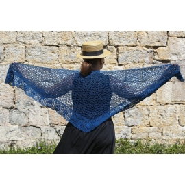 Blue leaves - châle crochet