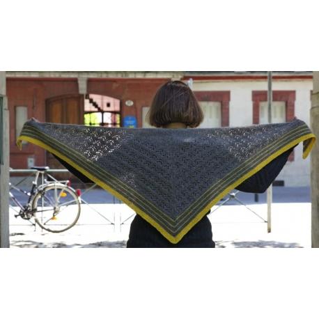 Hommage à Elizabeth Zimmermann - châle tricot